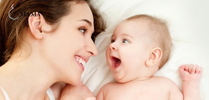 Активный младенец