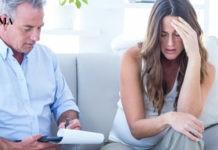 беременная говорит с психиатром